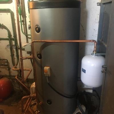 Instalación de A.C.S con calefacción