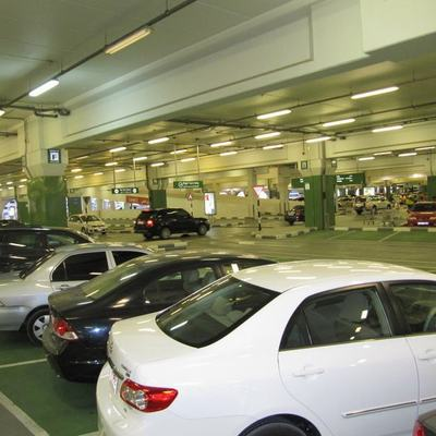 Proyectos para la legalización de un aparcamiento subterráneo de vehículos en un edificio de viviendas.