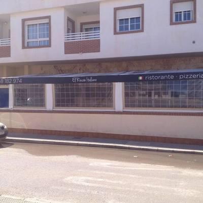 Cambio de lona terraza de negocio
