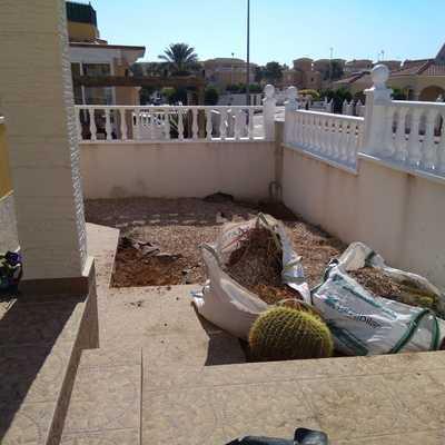 Alisado de terreno para instalar césped artificial