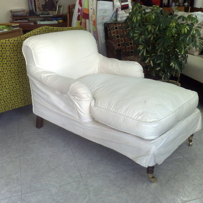 Chaiselongue antes de retapizarla