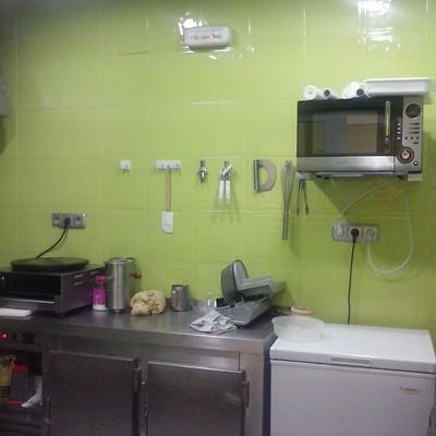 azulejos de cocina pintados en esmalte especial color verde