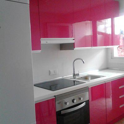 Cocina rosa-fucsia