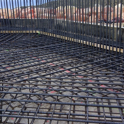 Colocación de juntas muro-losa en depósito