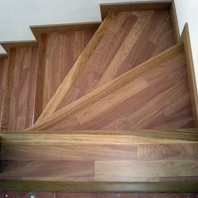 Presupuesto escalera parquet en cantabria online habitissimo for Escaleras de parquet