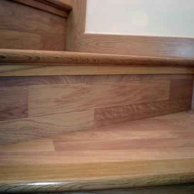 Colocación de parquet en escaleras