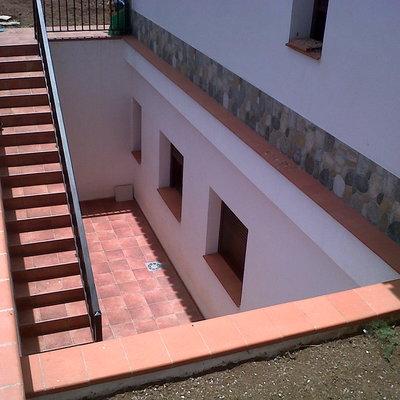 colocación de pisos, aluminio y decoraciones