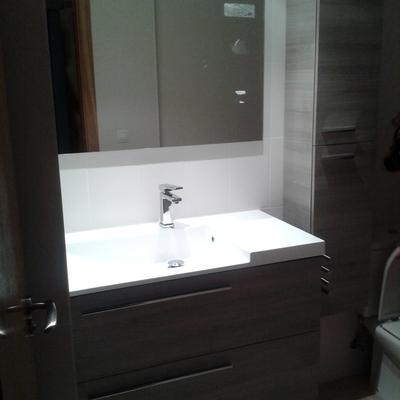 Colocación muebles baño