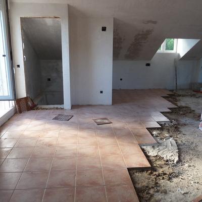 Colocación suelo interior