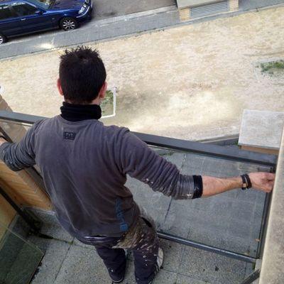 Colocando separador de terraza y vidrios nuevos