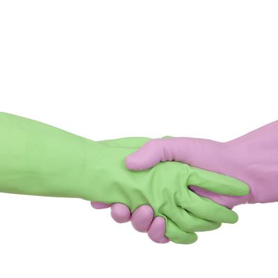 Compromiso. Alicantina de Limpiezas ofrece un trato personalizado a cada cliente.