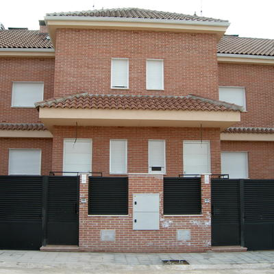 Construcción de 10 viviendas adosadas