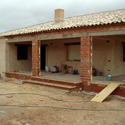 CONSTRUCCION DE CASA RURAL DE ALHAMBRA