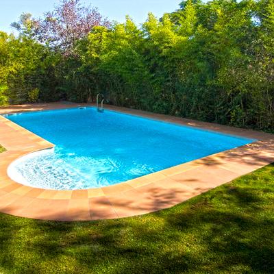 Piscina en el campo candeleda vila habitissimo for Presupuesto piscina obra