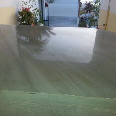 Credencia o mesa de altar