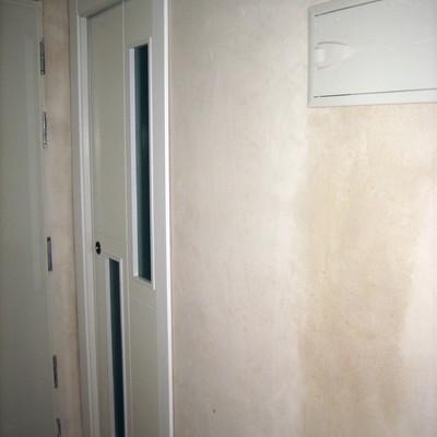 Cuadro electrico empotrado y puerta corredera terminados