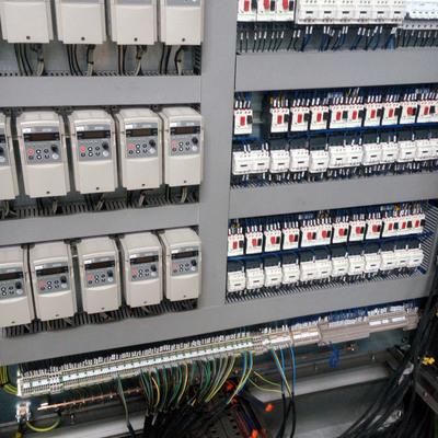 Cuadro eléctrico industrial para una linea de producción