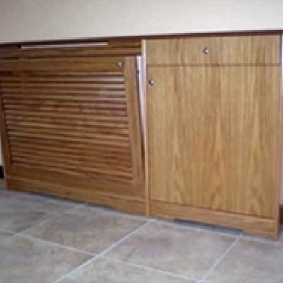 Cubre radiador lamas con mueble auxiliar
