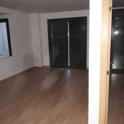 Arreglo de tarima y piso pintado