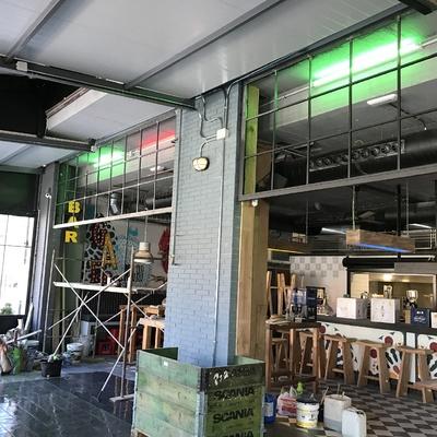 Reja de salon de bar