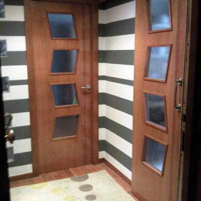 Decoracion pinturaa rayas hall