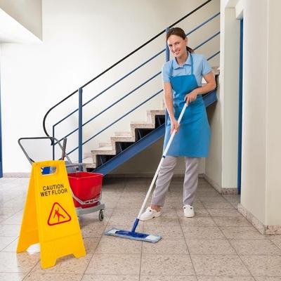 Servicio de limpieza en C. Propietarios, oficinas y empresas privadas.