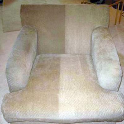 Demostración de limpieza de sillones textiles