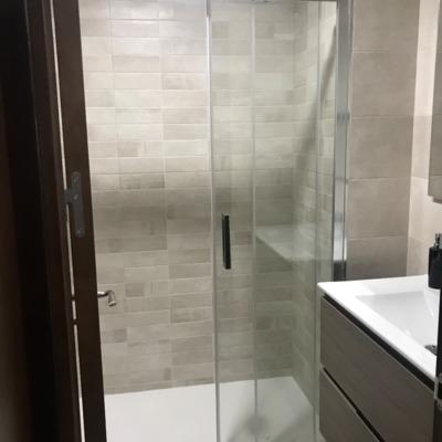 Reforma de baño en un apartamento en Madrid ( despues )
