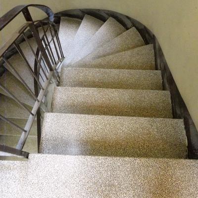 Tramo de escalera    (después)