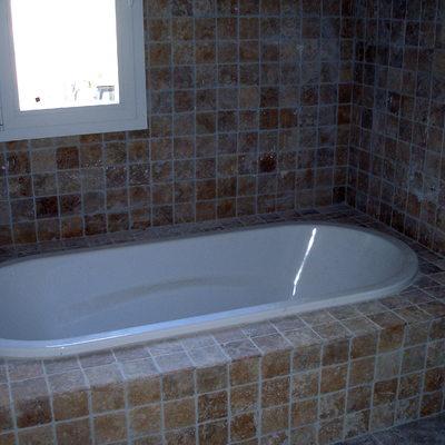 detalle azulejo baño