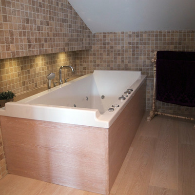 Detalle bañera hidromasaje