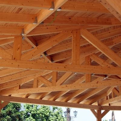 Detalle construcción estructura octogonal (1)