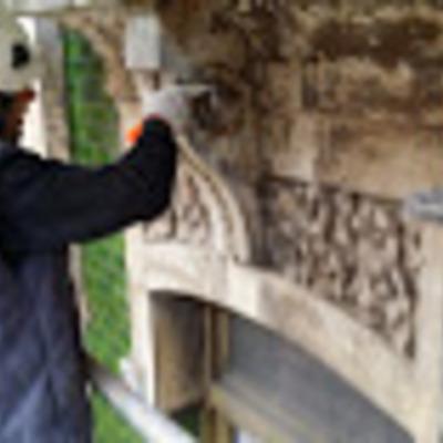 Detalle de rehabilitación de elementos de fachada protegida (2).