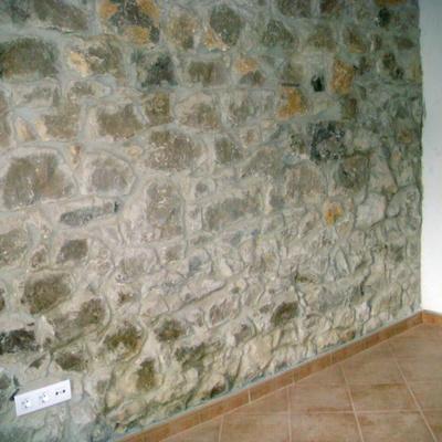 Detalle muro de piedra