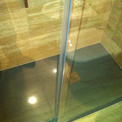 Detalle plato ducha