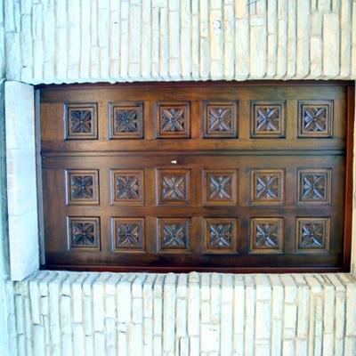 Detalle puerta blindada entrada a vivienda