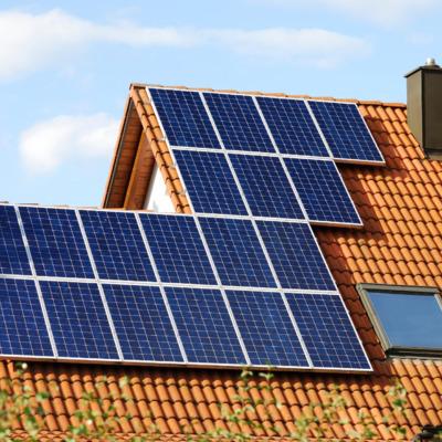Paneles solares en su vivienda