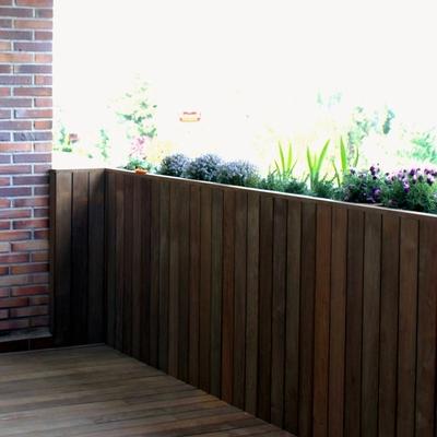 Diseño y reforma de jardín en terraza en ático. Madrid.