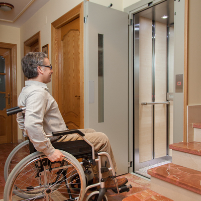 Ascensor/elevador v.r. en vivienda unifamiliar