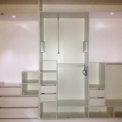 ejemplo de distribución armario