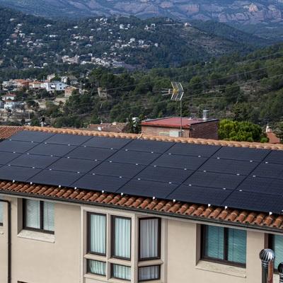 Instalación fotovoltaica residencial (2)