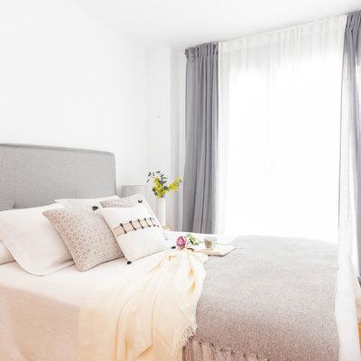 Dormitorio tras intervención de Home Staging de bajo coste