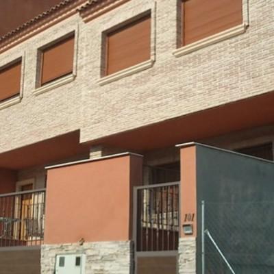 Dos viviendas unifamiliares adosadas tipo dúplex