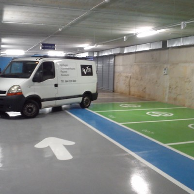Pavimento epoxi en parking Roig i Raventós de Barcelona