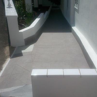 colocación de cerámica y pintado de paredes