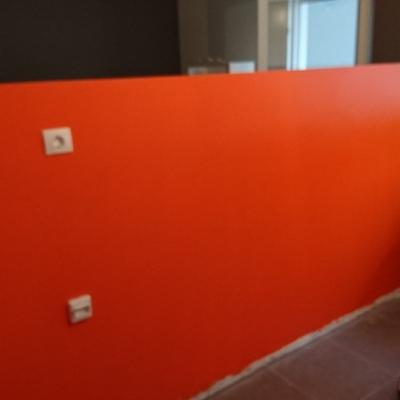 Alisado de muro y pintado satinado