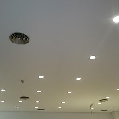 Pintura de techo en local comercial