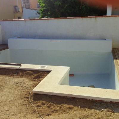 iroko en piscina