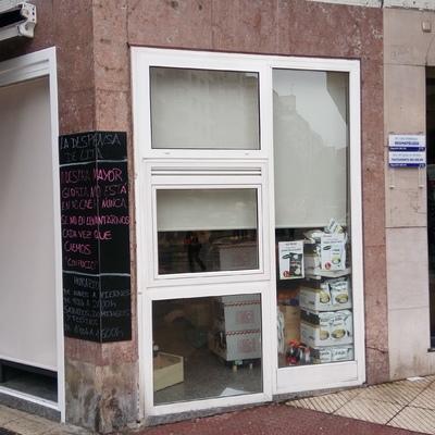 Store Enrollable Impreso para Frutería en Oviedo