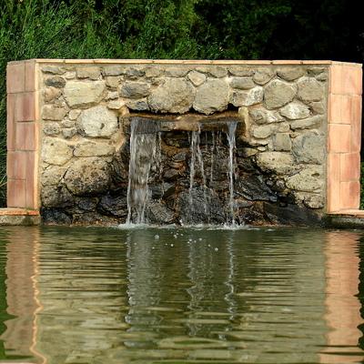 Fuente para estanque.